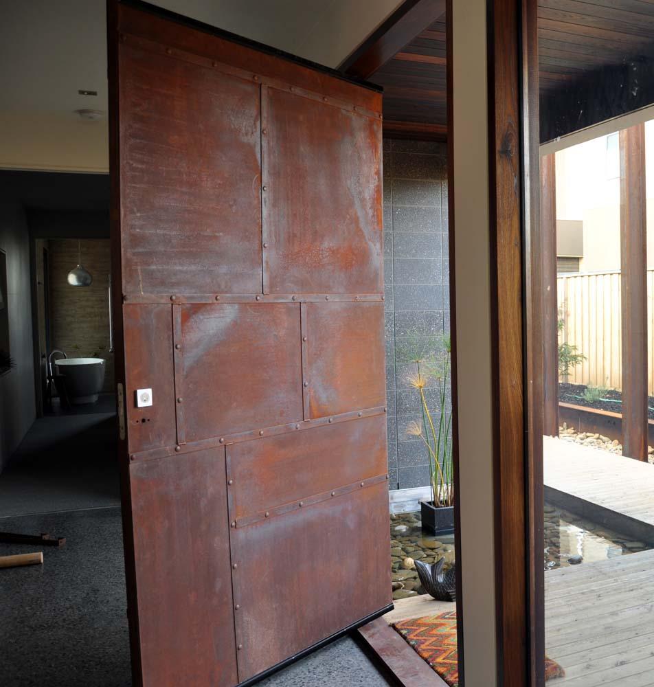 Etonnant Corten Door Doors Of Tgas Ceramics Gallery Corten Door