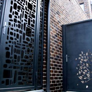 Hawthorn-Entry-Door-Gates