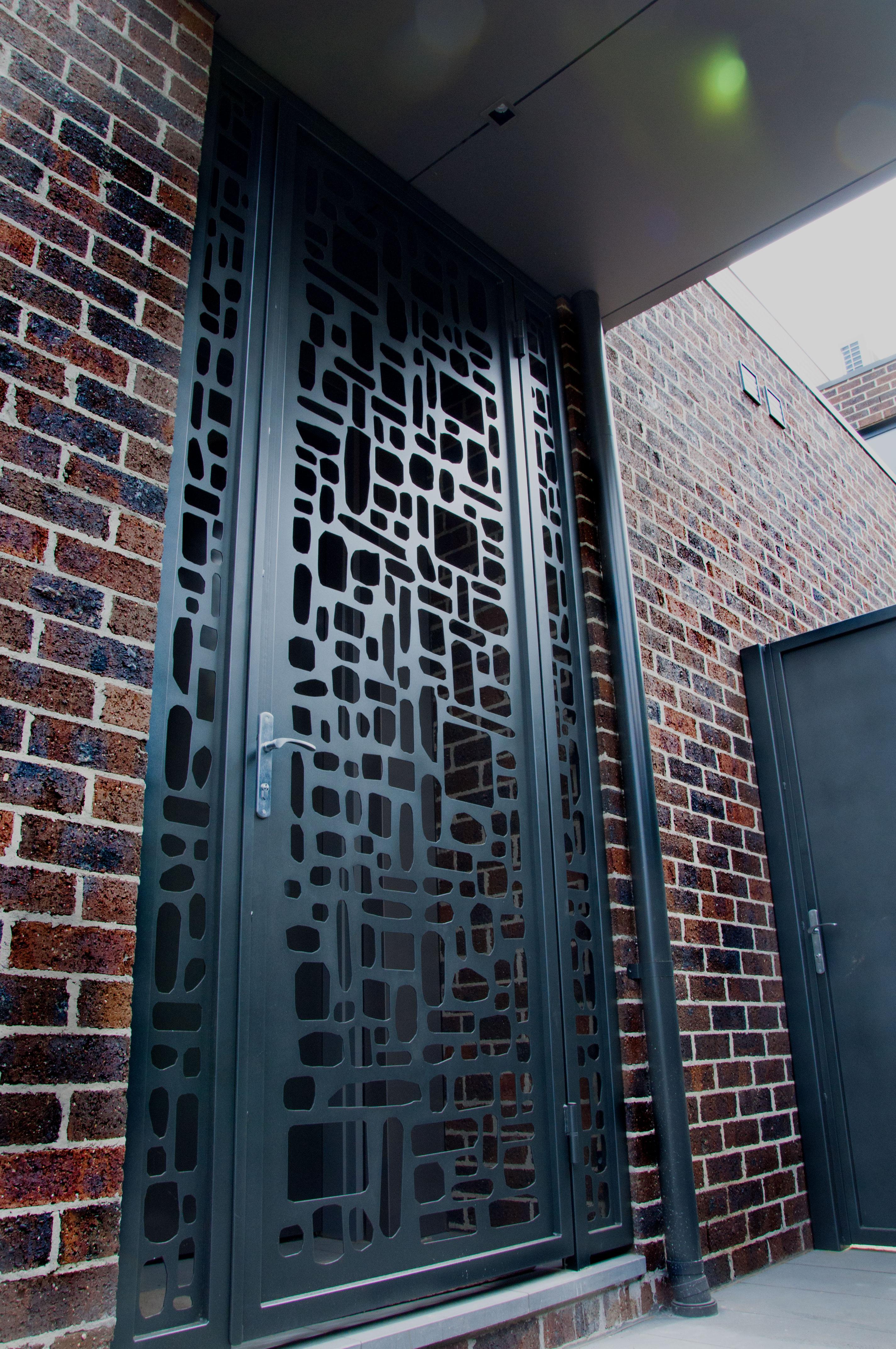 Hawthorn-Gate